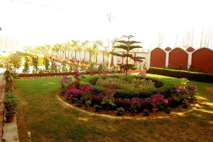 East West Public School-School Lawn