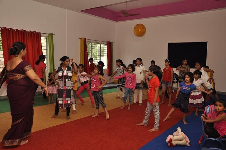 Educole The Girls School-Dance Room