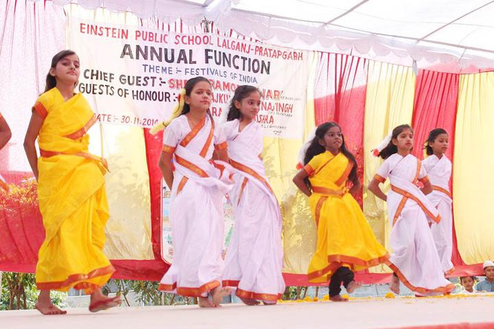 Einstein Public School-Annual Day Group Dance