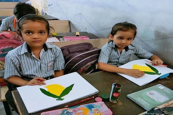 Elpis Global School-Craft Making