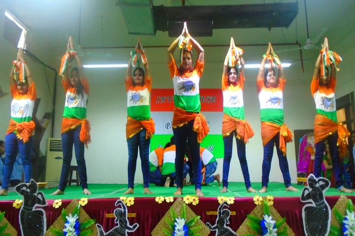 Escorts World School-Independence Day Celebrations