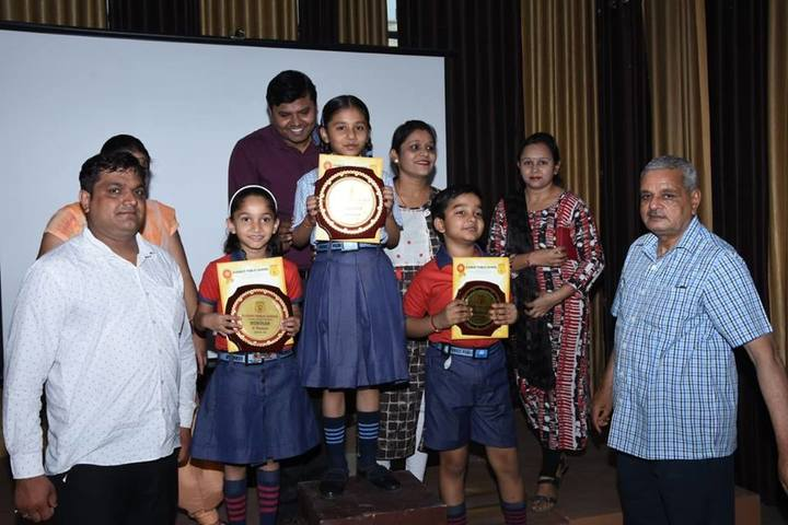 Everest Public School-Certificate and Price Distribution