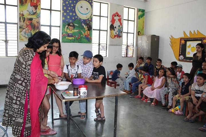 Florets International School-Classroom Activity