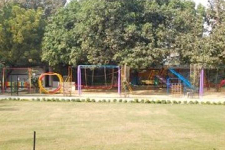 G N National Public School-Play Ground