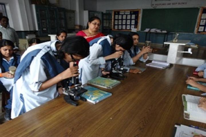 Gandhi Nagar Public School-Biology Lab
