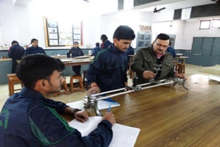 Gandhi Nagar Public School-Physics Lab