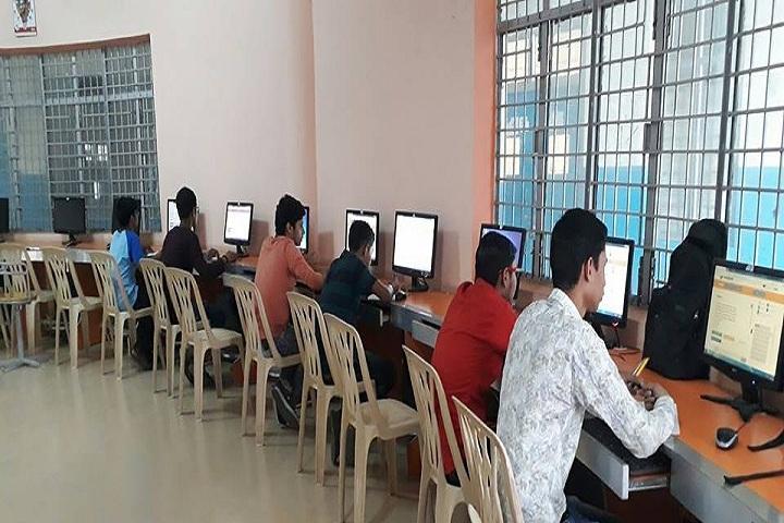 Gaurav Memorial International School-IT Lab