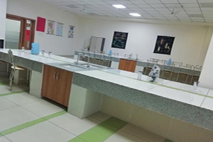 Gaurs International School-Biology Lab