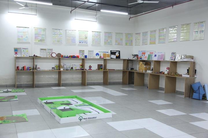 Gaurs International School-Robotics Lab