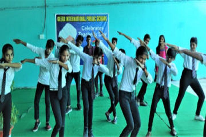 Geeta International Public School-Dance Class