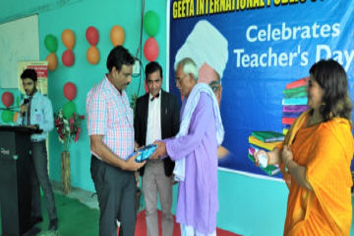 Geeta International Public School-Teachers Day