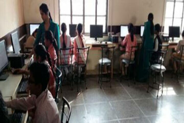 Geetagyan Sanskar Academy-Computer Lab