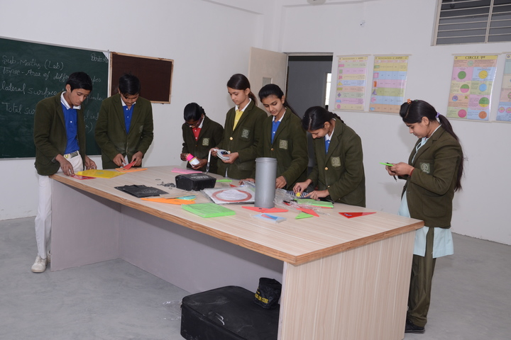 Greater Heights Public School-Laboratory