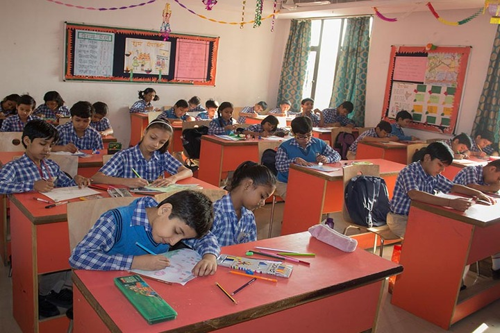 Greater Noida World School-Art