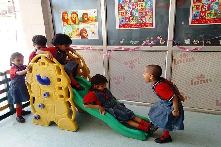 Green Field Academy-Kids zone