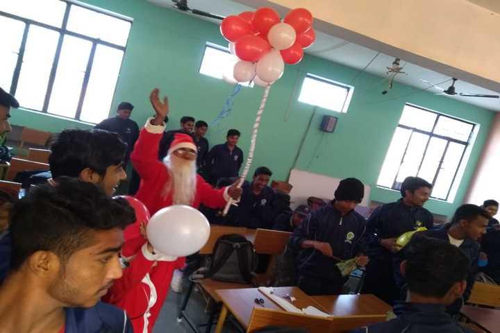 Green Fields Academy-Christmas
