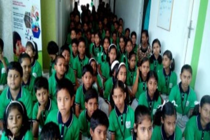 Green Land School-Students