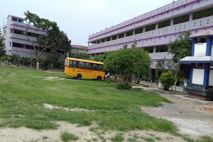 Shri Rani Saraswati Vidya Mandir-Transport
