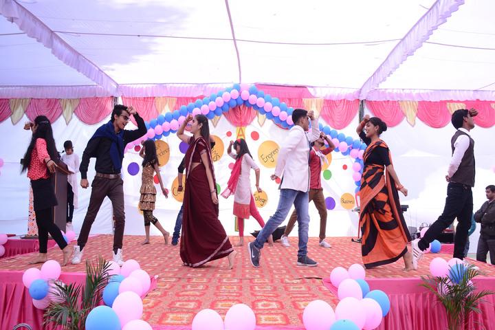 Guru Nanak Modern School-Dance