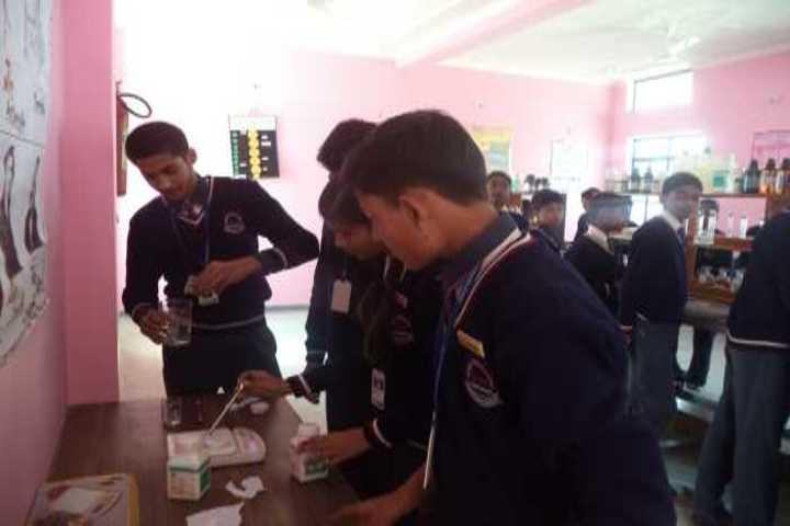 Gurukul Montessori School-Chemistry Lab