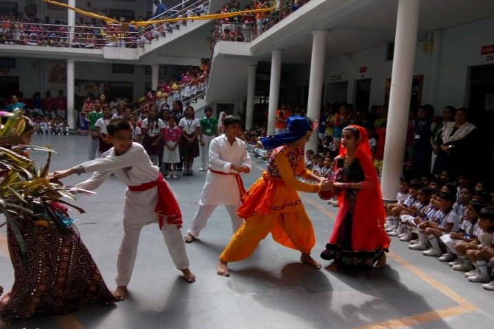 Gurukul Montessori School-Festival