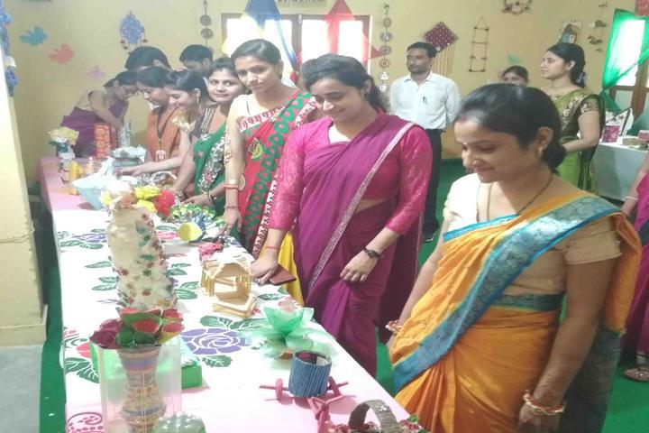Gurukul Public School-Art and Craft