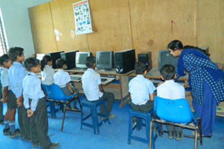 Gurukul Vidyapeeth-Computer lab