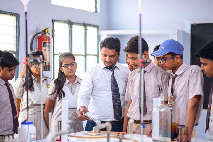 Gyan Sthaly Public School-Chemistry Lab