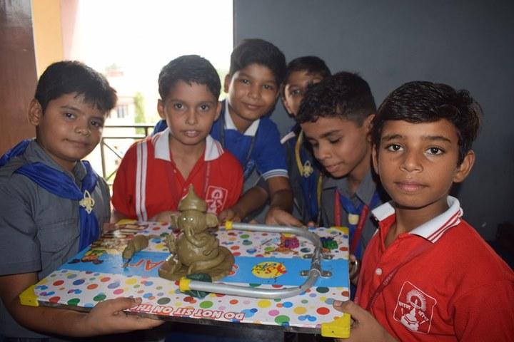 Gyandeep Shiksha Bharati Senior Secondary School-Art And Craft