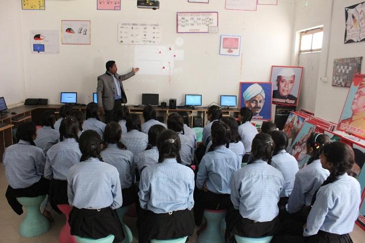 Gyansthali Academy-Computer Lab