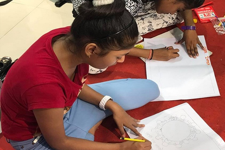 Happy Home English School-Drawing Activity