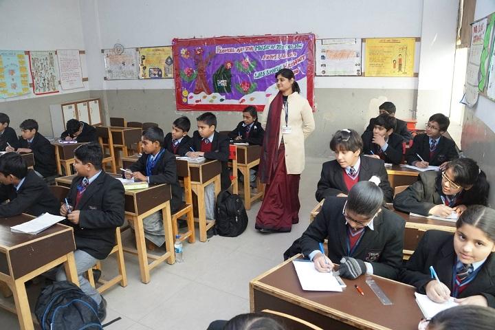 Heritage Academy-Classroom With Teacher