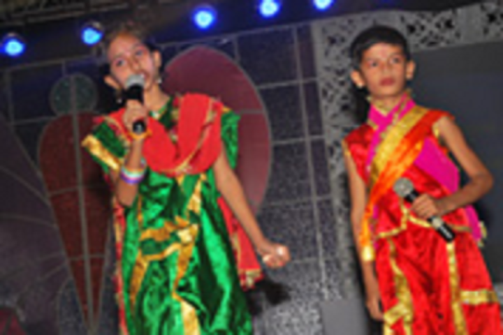 Heritage International School-Events singing