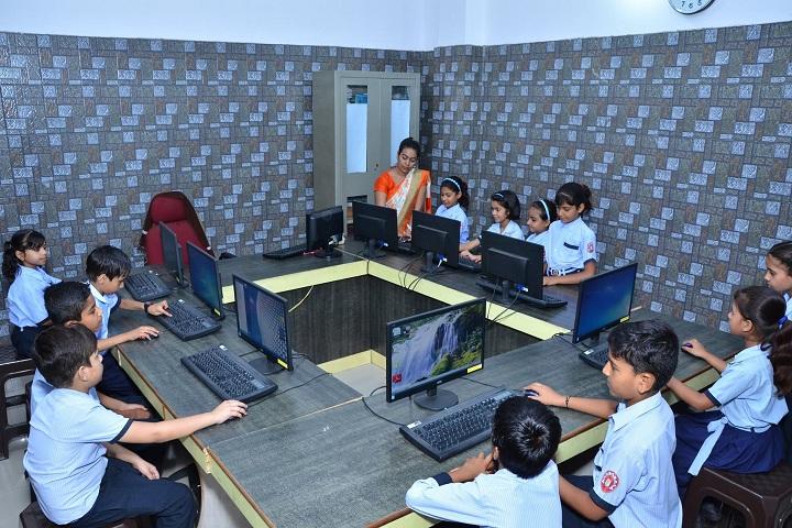 Hi Ness Public School-IT-Lab full view