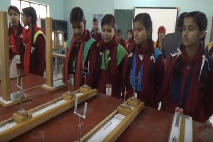 Holi Angels Public School-Physics Lab