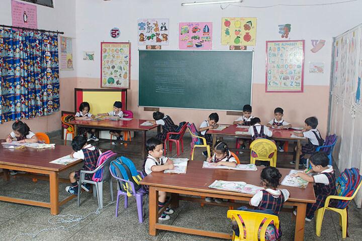 Holy Child School-Art Room