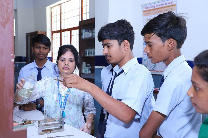 Holy Public School-Chemistry Lab