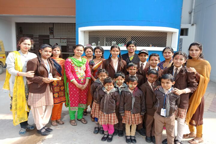 I G Public School-Holi