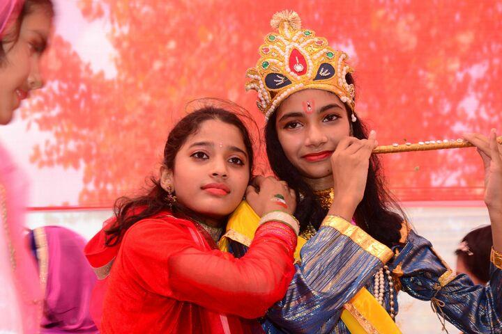 I G Public School-Festivals