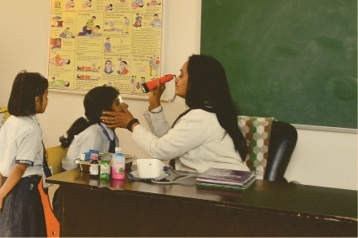 Indraprastha Global School-Health-Checkup