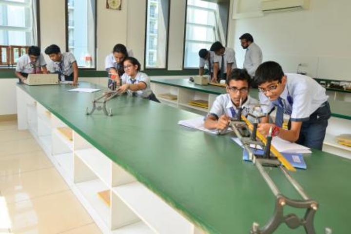 Indraprastha Global School-Lab