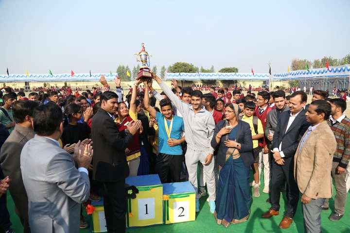 Indraprastha Public School-Prize