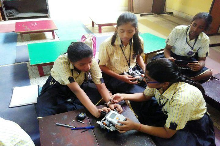 Indus Valley Public School-Robotic