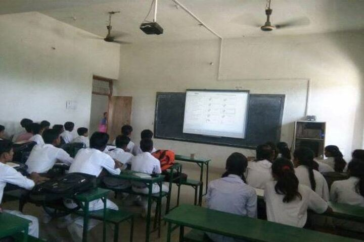 St Michaels School Lalganj-Digital Classroom
