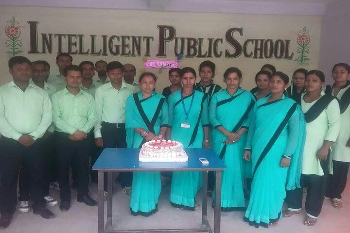 Intelligent Public School-Teachers Day Celebrations