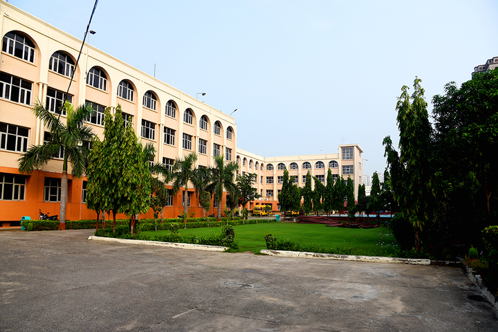 J P International School-School