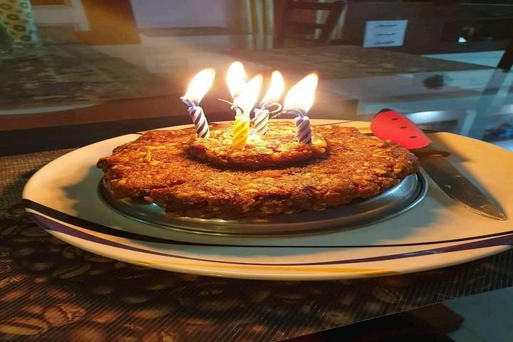 St Johns Academy-Cake
