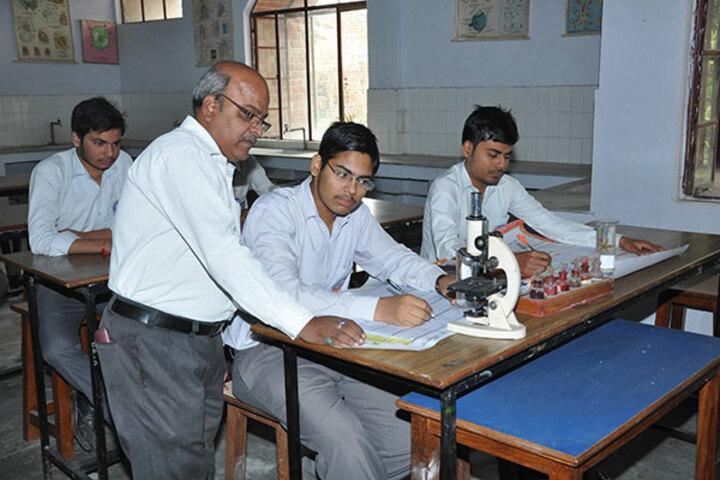 Jai Narayan Vidya Mandir-Biology Lab