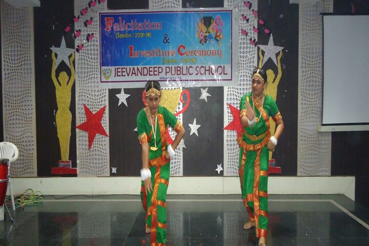 Jeevandeep Public School-Dance