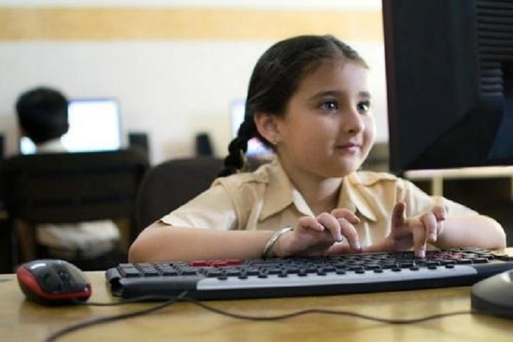 JKG International School-Computer Lab